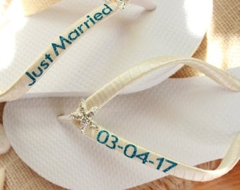 White flip flops, Ivory satin wedding shoes, Turquoise Blue Glitter Just married sandals, Save the date flip flops, bridal shoes, bride gift