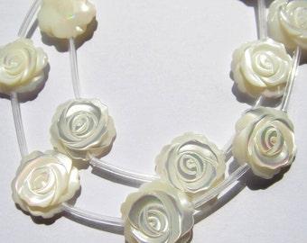 2strands 30pcs 8-15mm Handmade White MOP Rose Flower Beads White Mother of Pearl Carved Rose Flower Beads
