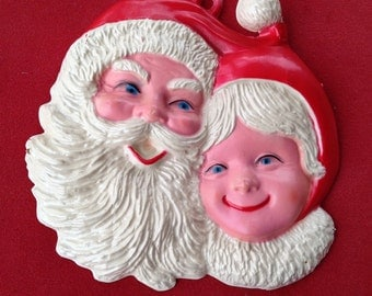 Vintage Santa and Mrs. Claus Christmasplasric mold wall door hanger