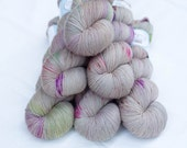 Ultimate Sock - Hand dyed Yarn - 75/25 Merino SW/Nylon - Fingering Weight 4ply - 100 grams - 425m/465yards - Spring Sprout