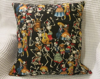 Day of the Dead cushion cover.  Fiesta de los Muertos, Alexander Henry fabric. Partying skeletons. Hand made.