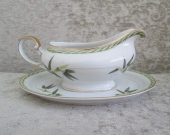 Aladdin Bamboo Pattern China Gravy Boat and Liner/Botanical China/Hollywood Regency/Occupied Japan  #17016