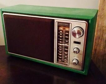 Vintage Realistic Radio