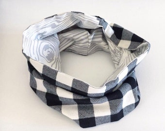 Toddler Flannel scarf, Child plaid scarf, Black and white scarf, Toddler Lumberjack scarf, Reversible scarf