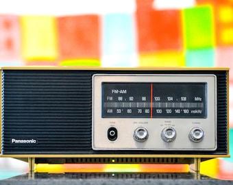 Bluetooth Speaker: 1950's Panasonic Tan & Black Radio iPod/iPhone/Android/Mp3 Speaker