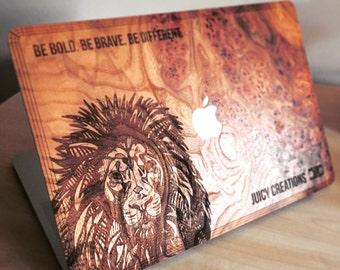 Lion IV //Carparthian Elm Wood Macbook Case Air / Pro / Retina Skin