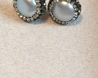 Darling Freshwater pearl and Swarovski crystal stud earrings.