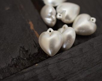 Vintage Pearlized Valentine Heart Charm Pendants, 6pcs