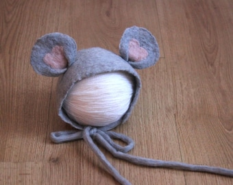 Felted newborn hat mouse gray merino wool baby bonnet photography props, ears hat photo prop