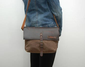 Waxed canvas messenger  bag ,snuff brown  color