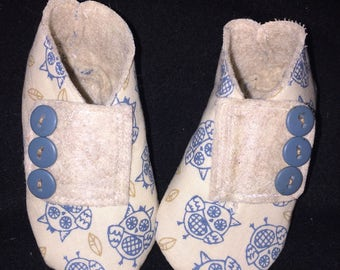 Adorable baby boy owl print cotton & felt booties shoes