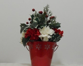 Christmas Planter, Holiday Floral Arrangement, Christmas Flower Arrangement, Holiday Flowers, Table Centerpiece, Home Decor