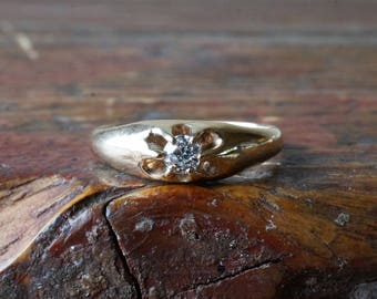 1910s 14K Antique European Cut Diamond Belcher Mounting Ring in Yellow Gold