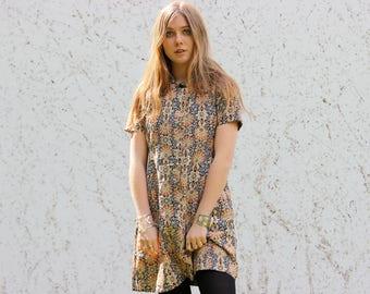 VTG 70s Flower Pattern Trippy Psycheldelic Mod Hippie dress 1970s gogo 1960s mini dress