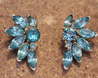 Vintage Pell Blue Turquoise Rhinestone Earrings in Silver Tone Clip on style, All the Fashion!