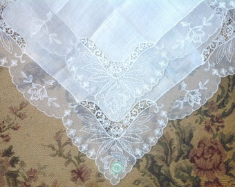 VINTAGE LACE HANDKERCHIEF. Lace - Embroidered Net Lace. Unused. With tag. Wedding handkerchief.