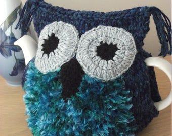 Owl, hand knitted tea cosy, blue, medium pot