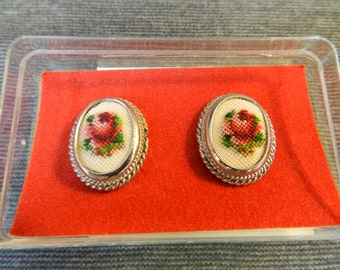 Vintage New in Box Rose Petit Point Oval Clip Earrings w/ Original Leaflet - Red Flowers, Needle point, Needlework, Floral, Silver Tone