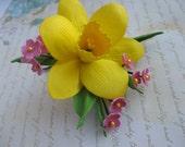 Daffodil hair clip TO ORDER