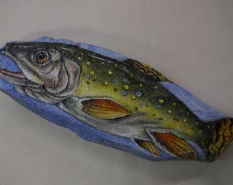 Fish Bass painted Rock Wildlife Fisherman Collectable Paperweight Gift