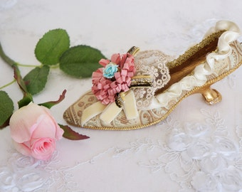Vintage Style Shoe Decoration, Marie Antoinette Style Shoe, French Decor
