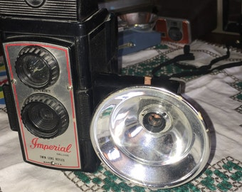 Vintage Imperial Deluxe Twin Lens Reflex Camera With Flash Attachment