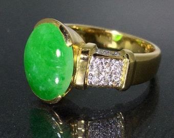 GIA Certified 18k Yellow gold Natural untreated Green Jade Jadeite Diamond ring