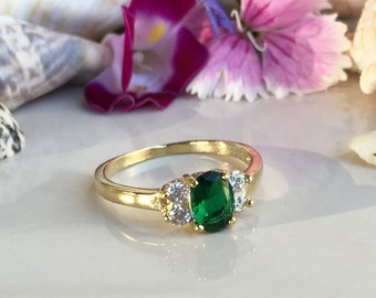 20% off-SALE!! Emerald Ring - May Birthstone - Slim Ring - Gold Ring - Gemstone Ring - Faceted ring - Tiny Simple Jewelry - Green Ring