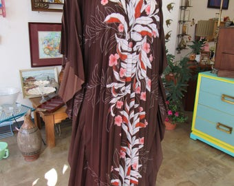 Vintage Brown and Pink One Size Polyester Hawaain Mumu