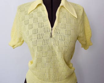 Vintage 1960s knit sweater light yellow XS-M quarter zip pointed collar sheer knit short sleeve sweater 60s does 40s spring sweater blouse