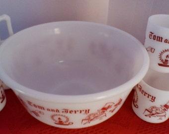 Tom and Jerry Bowl and Mug Set....MILK GLASS...Halzel Atlas