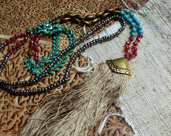 Sautoir necklace East Bohemia gipsy Moroccan with Pompom