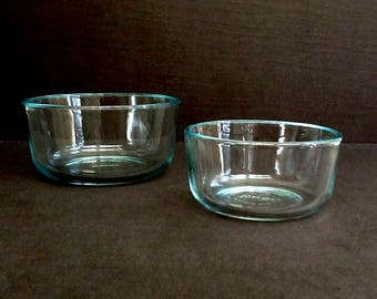 Pyrex Glass Mixing Bowls, Set of 2, 1 Qt and 2 Cup Bowls, Made in USA