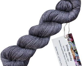 Slinky Malinky SUPERWASH MERINO TENCEL Blend Wool Sock Yarn for Knitting Weaving Crochet. Semi Solid Hand Dyed by Living Dreams, Charcoal