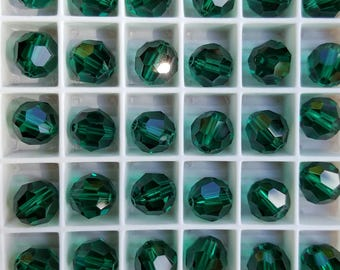 Swarovski 8mm Round (5000) Faceted Crystal Beads - EMERALD - Select 6 or 12 Beads
