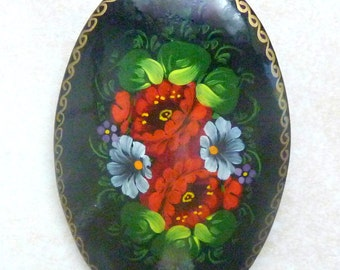 Vintage Large Floral Design Hand Painted Russian Lacquer Brooch.