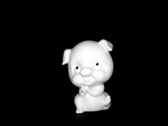 Vintage pig figurine home decor collectible porcelain pig for Pig decorations for home