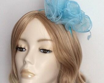 AQUA ORGANZA FASCINATOR, With feathers, on a 5mm satin headband