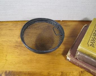 Half Round Wire Mesh Strainer - Course Mesh