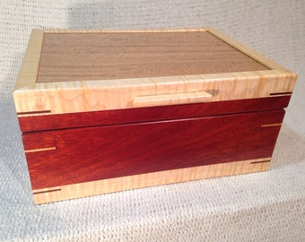 Bloodwood with Euchalyptus Top Jewelry Box