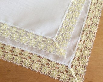 Ladies Handkerchief, Ladies Hankie, Lace Hankie, Vintage Handkerchief, Yellow Hankie, Wedding Hankie