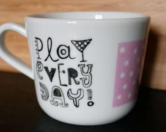 "Small cup ""Play Every Day"""