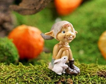 Fairy Garden  - Garden Pixie With Bunny - Miniature