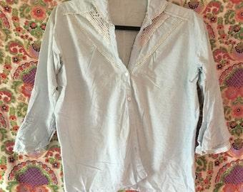 VINTAGE 70s Button Up - Crochet Detail!