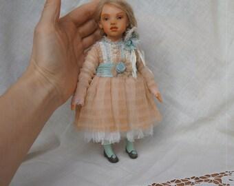 Alis Doll