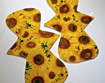 Reusable Cloth Pad/Regular/Moderate 10.95 inch-Sunflower-One (1) Pad