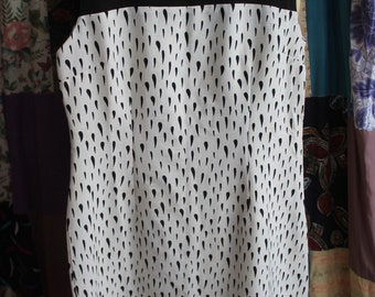 Lined black and white shift dress REF 506