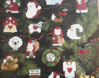 More Christmas Minis, Leisure Arts, Pattern Leaflet #1144, 1988