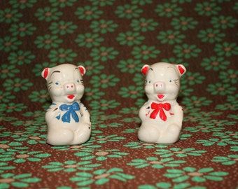 1950's Pigs in Bows Salt & Pepper Shakers