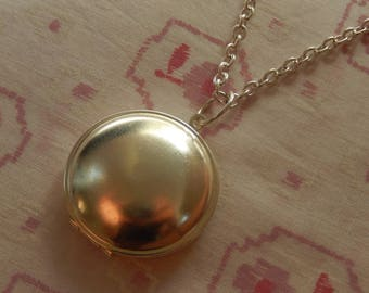 Round Silver Plated Locket Necklace